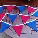 piros-kék színű dekorációs zászló, Baba-mama-gyerek, Dekoráció, Gyerekszoba, Dísz, Varrás, Piros-kék színű pamutvászonból varrt dekorációs zászló. Mérete a két végén lévő megkötővel együtt k..., Meska