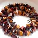 Mokait nyaklánc, Ékszer, Nyaklánc, A mokait színei (sárga, lila, vörös, barna, fehér) vidám kavalkádot alkotnak, egy egyszínű ..., Meska