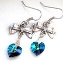 Swarovski kék szíves és masnis fülbevaló, Ékszer, Fülbevaló, Az ajándék te magad légy, és hozzá a füledben a masni egy gyönyörű színű (bermuda blue) swarovski kr..., Meska