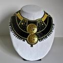 Kleopátra nyakék, Ékszer, Nyaklánc, Ékszerkészítés, Gyöngyfűzés, Kleopátra nyakék  Gyöngyhímzés technikával készült fekete-arany nyakék.  A nyakék ihletője Kleopatr..., Meska