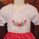 Kalocsai mintás hímzett blúz, Magyar motívumokkal, Ruha, divat, cipő, Baba-mama-gyerek, Gyerekruha, Hímzés, Fehér kislány blúz, gumis, húzott ujjal és nyakkal, ujján csipkével díszített.  Kalocsai mintával, ..., Meska