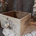 Vintage tároló, Otthon, lakberendezés, Dekoráció, Tárolóeszköz, Láda, Transzfer technikával készült asztali tároló. Akril festékkel és vízbázisú lakkal kezelve...., Meska