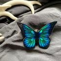 Pillangó kitűző, Egyedi, pillangó kitűző. Mérete: 4,5X3,5cm