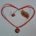 Szeretet szett/nyaklánc/gyűrű/fülbevaló, Ékszer, Ékszerszett, Gyűrű, Fülbevaló, Ékszerkészítés, Festett tárgyak, Szeretet szett piros és metál bordó akrillal festett, lakkozott üveglencsés nyaklánc, fülbevaló és ..., Meska
