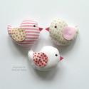 Kismadarak - rózsaszín függeszthető dísz- 3 darab, Tarka függeszthető kismadárkákat készítettem...
