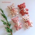 Piros mackók - 4 db - karácsonyi dísz, függeszthető dekoráció, A piros-fehér kollekció részeként készültek ...