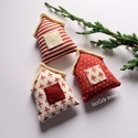 Három házak - karácsonyi dísz, függeszthető dekoráció, A piros-fehér kollekció részeként készültek ...