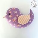 Madárka figura, lila - textil játék, textil figura, design játék, Egyedi rendelésre készült madár figura, a füg...
