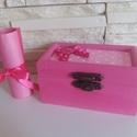 Vidám fa dobozka - pink színben, Dekoráció, Ékszer, Szerelmeseknek, Ékszertartó, Festett tárgyak, Mindenmás, Vidám színben pompázó fa dobozka pink színben, pöttyös filc betétekkel.  Tökéletes ajándékozáshoz, ..., Meska