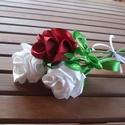 Rózsa selyemszalagból, Anyák napja, Ballagás, Selyemfényű szaténszalagokból varrom a rózsákat.  Kb 25 cm-es száron különböző színekben..., Meska