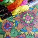 Mandala virág - keresztszemes készlet, Képzőművészet, Dekoráció, Grafika, Saját tervezésű keresztszemes minta készletben!  A színpompás mandala elkészítéséhez szük..., Meska