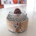 """"""" Kulcs a szívedhez"""" - mini üvegkaspó kulccsal, Otthon & lakás, Dekoráció, Dísz, Lakberendezés, Kaspó, virágtartó, váza, korsó, cserép, Asztaldísz, Festett tárgyak, Újrahasznosított alapanyagból készült termékek, """" Kulcs a szívedhez"""". Ez a kicsi, kedves üvegkaspó tényleg kulcs a szívhez. """"Madzagolásos"""" techniká..., Meska"""