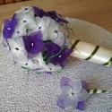 Esküvői csokor lila és fehér hortenziából, Esküvő, Esküvői csokor, Virágkötés, A csokor 45 db kis - sötétlila és fehér színű - hortenziából készült. A virágok nejlonharisnyáből k..., Meska