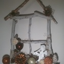 Teljesen egyedi karácsonyi kopogtató, Dekoráció, Ünnepi dekoráció, Karácsonyi, adventi apróságok, Karácsonyi dekoráció, Az ajtódísz alapját gyermekeimmel gyűjtött faágakból állítottam össze(kötöttem,ragasztot..., Meska