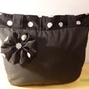 Pöttyös-fekete táska!, Táska, Válltáska, oldaltáska, Varrás, Saját készítésű nagy méretű női táska eladó.Fekete színű.Erős szövetből varrtam,amit béléssel erősí..., Meska