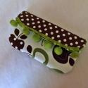 Zöld és Alma Mobiltok, mobiltartó, Vidám, csajos mobiltokokat készítettem. A vász...