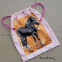 rózsaszín lovas zsák, Táska, Hátizsák, Tarisznya, Ez a zsák, most egy fekete lovas anyagblokkal készült, rózsaszín  zsinórral. Tisztasági zsákként is ..., Meska