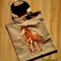 lovas vászon szatyor, Baba-mama-gyerek, Táska, Szatyor, Világos barna színű vászonból készült ez a lovas kis szatyor.  Bár kicsi, mégis belefér több dolog, ..., Meska
