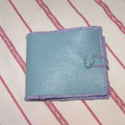Pénztárca türkizben, Türkiz színű tevebőrből készült pénztárca...