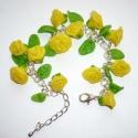 KIÁRUSÍTÁS! Sárga rózsák - egyedi karkötő saját készítésű pc rózsákkal, Ékszer, Karkötő, KIÁRUSÍTÁS! Most 40%-kal olcsóbban vásárolhatod meg ezt a terméket.  A feltüntetett ár már tartalmaz..., Meska