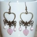 Virágos szivecskés romantikus réz - füli, Ékszer, Fülbevaló, Igazi romantikus, vintage fülbevalót készítettem sárgaréz alapból és rózsaszín gyöngyökk..., Meska