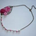 KIÁRUSÍTÁS! Rózsák levélen- réz rövid vintage nyaklánc, Ékszer, Nyaklánc, KIÁRUSÍTÁS! Most 40%-kal olcsóbban vásárolhatod meg ezt a terméket.  A feltüntetett ár már tartalmaz..., Meska
