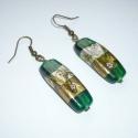 Zöld kimonó - arany, zöld hosszúkás lámpagyöngy füli, Ékszer, Fülbevaló, Gyönyörűszép sötétzöld alapú, arany-ezüst díszítésű, virágmintás, ívelt 1x3,4cm-es (6mm vastag) indi..., Meska