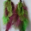 Mályva, zöld, barna hosszú madártollas füli, Ékszer, Fülbevaló, Extravagáns toll fülbevaló sorozatom egy barna-zöld-mályva darabja. :) 5-5 db (mályva, zöld, csíkos ..., Meska