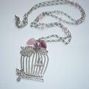 Ezüst madárkalitka nyaklánc rózsaszínnel - romantikus-vintage hangulatban, Ékszer, Nyaklánc, Madárkalitkás nyaklánc-sorozatom újabb ezüst darabját készítettem el rózsaszín gyöngyökkel! :)  Egy ..., Meska