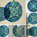 Kék-türkiz mandala ablakdísz, fényfogó, Dekoráció, Otthon, lakberendezés, Dísz, Ez az ablakdísz akár faliképként is funkcionálhat, de a rajta átsütő napfény játéka teszi igazán kül..., Meska