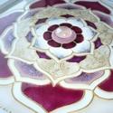 Varázs Lótusz - üvegfestett mandala falikép, Otthon & lakás, Dekoráció, Lakberendezés, Falikép, Igazán különleges ez a 7-es szimmetriájú lótusz mandala.  Minden egyes mandalám, mint ez a kép is, k..., Meska