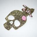 Virágos réz vintage-steampunk koponya rózsaszín rózsával - hosszú nyaklánc, Újabb retro-vintage-steampunk nyakláncot varázs...