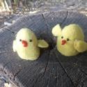 Két csibe, Játék, Báb, Játékfigura, Vizes nemezeléssel készült formára készítve 5 cm magasak.Játéknak .tojás melegítőnek, dek..., Meska