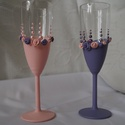 Pasztell pezsgőspohár , Esküvő, Szerelmeseknek, Nászajándék, Festett tárgyak, Kézzel festett pohár nászpár, gyöngyökkel és rózsákkal díszítve. Ha van egyedi elképzelés, az is me..., Meska