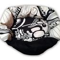 Fekete-fehér absztrakt mintás kisállat fekehely
