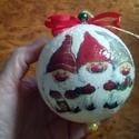 Karácsonyi  törpés nagy gömb , Dekoráció, Karácsonyi, adventi apróságok, Baba-mama-gyerek, Ünnepi dekoráció, Karácsonyfadísz, Decoupage, transzfer és szalvétatechnika, Karácsonyi  törpés  nagy gömb   Nagyon szép , kifejezetten gyerekeknek szánt mintával , hiszen ilye..., Meska