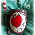 Szeretlek...., Szerelmeseknek, Gyurma,  Fehér kerámia bögre díszítve a hozzá készült díszített kiskanállal. A minta a Facebook-on használt..., Meska
