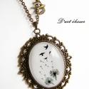 """Pitypang - madár nyaklánc. :), Ékszer, Medál, Nyaklánc, """"Szállni kéne szárnyak nélkül, Álmodozni álmok nélkül..."""" :))  Mérete: 3×4 centis üvegle..., Meska"""