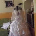 Kalocsai mintás menyasszonyi ruha  2, Ruha, divat, cipő, Esküvői ruha, Varrás, Egy nagy szerelem már évek óta elkísér ez a kalocsai minta  így nem csoda ha megjelent a munkáiban ..., Meska