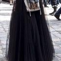 fekete hosszu tüll szoknya, Ruha, divat, cipő, Esküvői ruha, Varrás, Fekete tüll szoknya   4-5 réteg fekete puha tüllből béléssel és  nagyon szép derékpántal , Meska