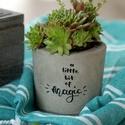 Kaspó különleges üzenettel - magic, Otthon & lakás, Lakberendezés, Kaspó, virágtartó, váza, korsó, cserép, Ez az exkluzív beton virágtartó utánozhatatlan hangulatvilágával barátságosabbá, otthonosabbá varázs..., Meska