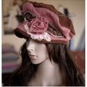 SHABBY ROSE - art to wear design-kalap, Ruha, divat, cipő, Kendő, sál, sapka, kesztyű, Sapka, Női ruha, Shabby-chic stílusban készítettem ezt a sildes fazonú kézzel-festett kalapot őz-barna és terrakotta ..., Meska