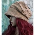 SASKIA / drapp - design-kalap, Ruha, divat, cipő, Női ruha, Kendő, sál, sapka, kesztyű, Sapka, Új modellem vagány nőknek terveztem:   Különleges, kétrétegű (felül lyukacskás) kötött kelméből kész..., Meska