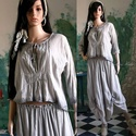 TULIPÁN  - design-blúz , Ruha, divat, cipő, Női ruha, Blúz, Felsőrész, póló, Könnyű pamutvászonból készült, világos-szürkére kézzel festett blúzocska sötétebb színnel kontúrozva..., Meska