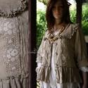 VILMA - csipkés kabátka , Ruha, divat, cipő, Női ruha, Blúz, Felsőrész, póló, Varrás, Festett tárgyak, Rusztikus kézzel festett gézemből terveztem ezt a kedvelt. romantikus ing-kabátkám. Elejét antik kl..., Meska