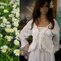 AIDA - lagenlook kabátka , Ruha, divat, cipő, Női ruha, Blúz, Nadrág, Hófehér pamutgézből készült, laza szabású boleró-kabátka romantikus fodrocskás-széllel. Méret-függet..., Meska
