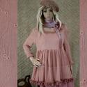 TÜNDÉR-TUNIKA  - kézműves lagenlook ruha, Képzőművészet, Ruha, divat, cipő, Textil, Női ruha, Halvány-rózsaszínre kézzel festett hímzett-gézből terveztem ezt a kedves darabot. Két-lépcsős fodros..., Meska