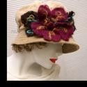 KEIRA - bársonykalap  óriási nemez-virággal , Ruha, divat, cipő, Női ruha, Kendő, sál, sapka, kesztyű, Sapka, Egy új modellem a látványos, de jól hordható kalapok  kedvelőinek:  Harang-formájú bársonykalap tűzö..., Meska