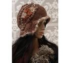 CLOCHE ART - iparművész kalapka , Hazai gyapjúfonó műhelyben készült nyers tisz...