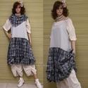 EMMI - pántos flapper-ruha kis-kendővel , Ruha, divat, cipő, Női ruha, Ruha, A nyár sláger-darabja lehet ez a romantikus, könnyű ruhácska!  Rusztikus pasztell-szürke pamutszövet..., Meska